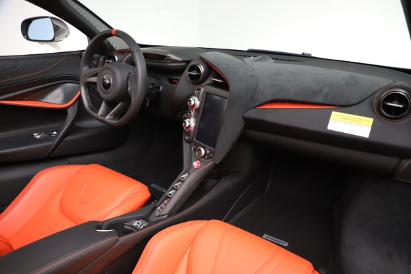 New 2020 McLaren 720S Spider Performance for sale $386,289 at Bugatti of Greenwich in Greenwich CT 06830 23