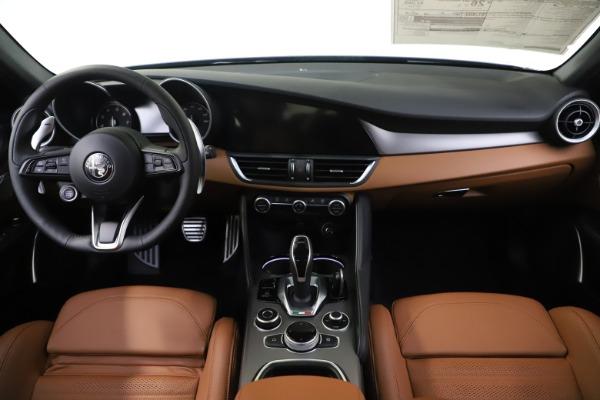 New 2020 Alfa Romeo Giulia Ti Sport Q4 for sale Sold at Bugatti of Greenwich in Greenwich CT 06830 16