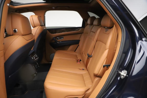New 2020 Bentley Bentayga Hybrid for sale $189,500 at Bugatti of Greenwich in Greenwich CT 06830 25