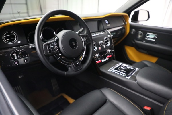 New 2020 Rolls-Royce Cullinan Black Badge for sale $436,275 at Bugatti of Greenwich in Greenwich CT 06830 17