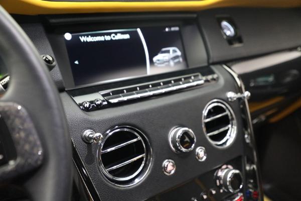 New 2020 Rolls-Royce Cullinan Black Badge for sale $436,275 at Bugatti of Greenwich in Greenwich CT 06830 28