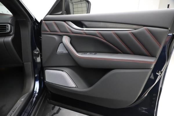 New 2019 Maserati Levante S GranSport for sale $110,855 at Bugatti of Greenwich in Greenwich CT 06830 25