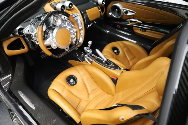 Used 2014 Pagani Huayra Tempesta for sale $2,195,000 at Bugatti of Greenwich in Greenwich CT 06830 13