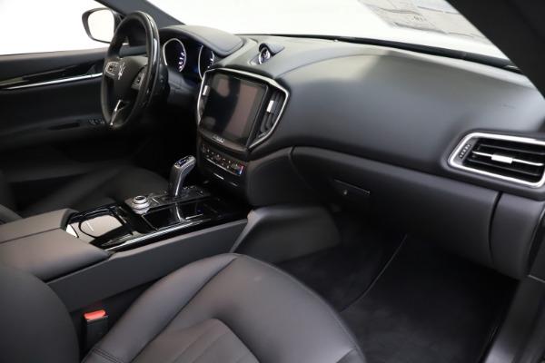 New 2019 Maserati Ghibli S Q4 for sale $91,165 at Bugatti of Greenwich in Greenwich CT 06830 21