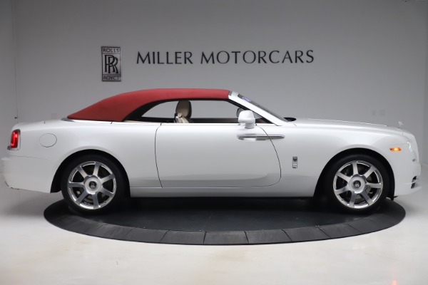 Used 2016 Rolls-Royce Dawn for sale $239,900 at Bugatti of Greenwich in Greenwich CT 06830 17