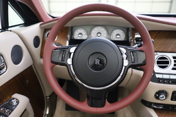 Used 2016 Rolls-Royce Dawn for sale $239,900 at Bugatti of Greenwich in Greenwich CT 06830 25