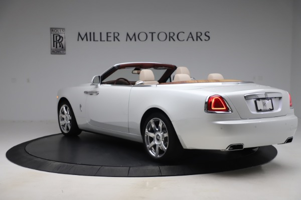 Used 2016 Rolls-Royce Dawn for sale $239,900 at Bugatti of Greenwich in Greenwich CT 06830 4