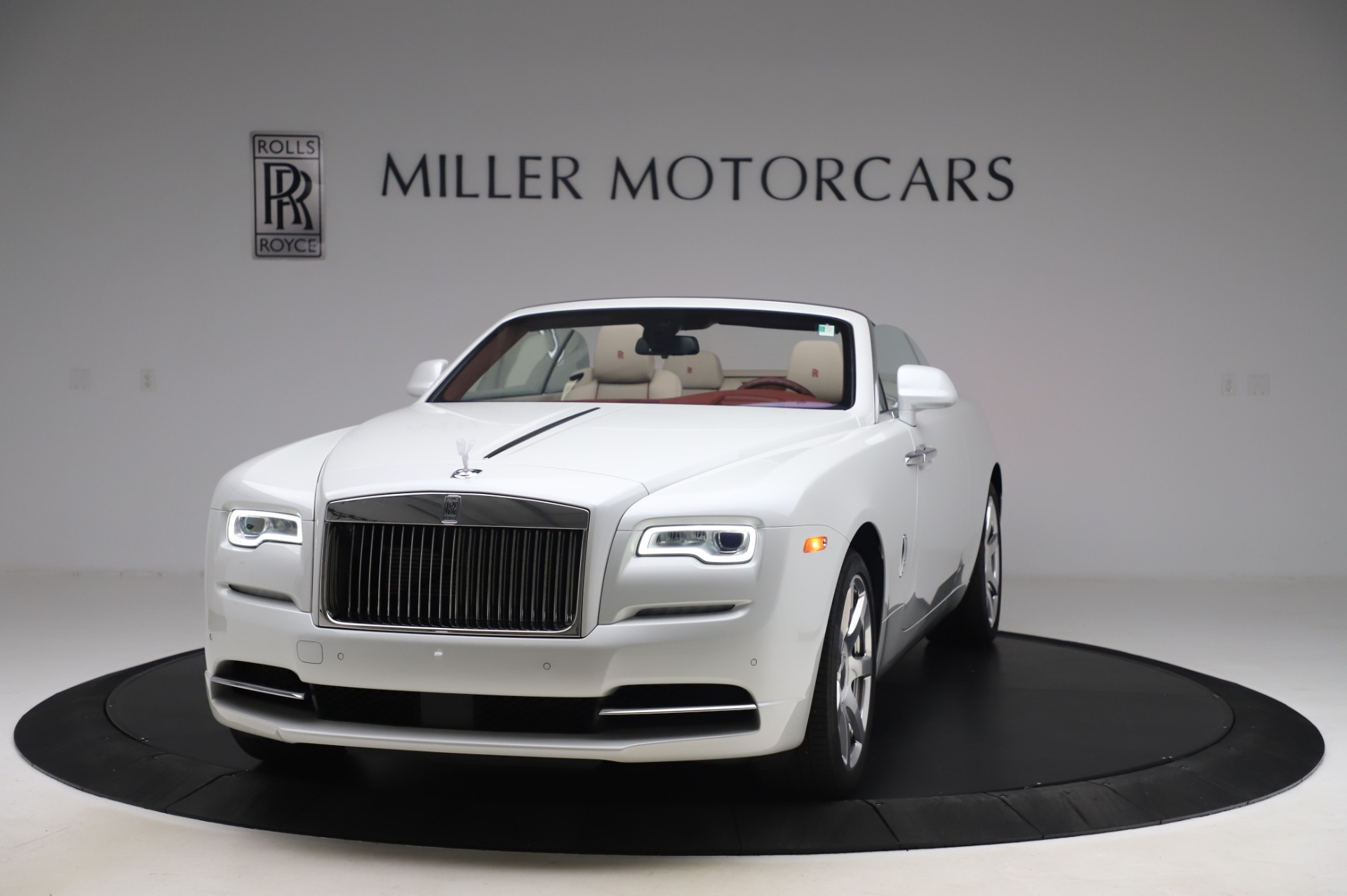 Used 2016 Rolls-Royce Dawn for sale $239,900 at Bugatti of Greenwich in Greenwich CT 06830 1