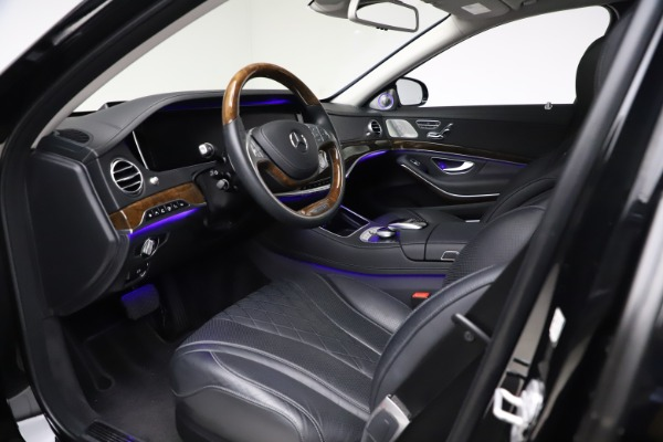 Used 2016 Mercedes-Benz S-Class Mercedes-Maybach S 600 for sale $87,900 at Bugatti of Greenwich in Greenwich CT 06830 21