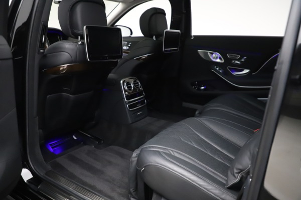 Used 2016 Mercedes-Benz S-Class Mercedes-Maybach S 600 for sale $87,900 at Bugatti of Greenwich in Greenwich CT 06830 26