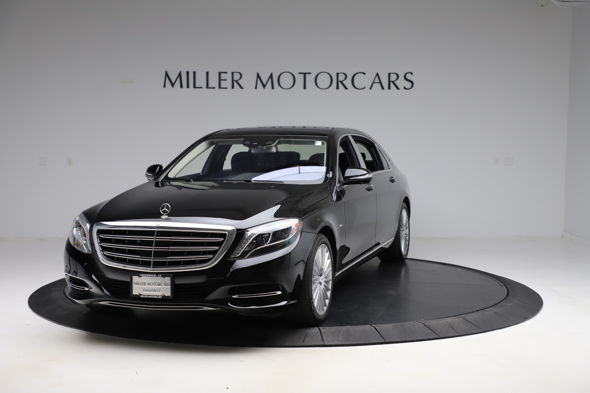 Used 2016 Mercedes-Benz S-Class Mercedes-Maybach S 600 for sale $87,900 at Bugatti of Greenwich in Greenwich CT 06830 1