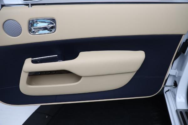 New 2020 Rolls-Royce Dawn for sale $382,100 at Bugatti of Greenwich in Greenwich CT 06830 25
