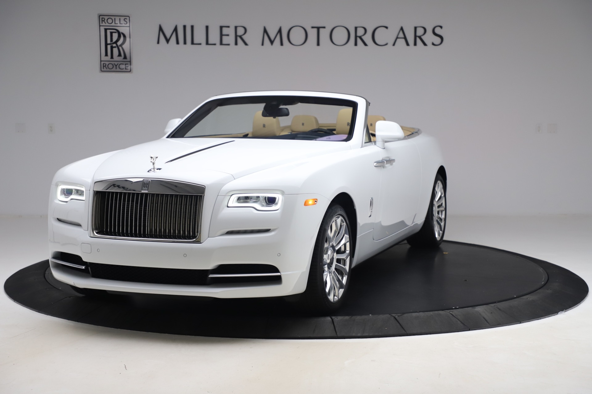 New 2020 Rolls-Royce Dawn for sale $382,100 at Bugatti of Greenwich in Greenwich CT 06830 1