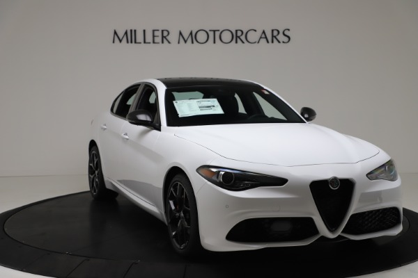 New 2020 Alfa Romeo Giulia Sport Q4 for sale $49,145 at Bugatti of Greenwich in Greenwich CT 06830 11