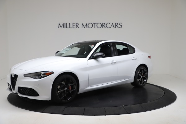 New 2020 Alfa Romeo Giulia Sport Q4 for sale $49,145 at Bugatti of Greenwich in Greenwich CT 06830 2