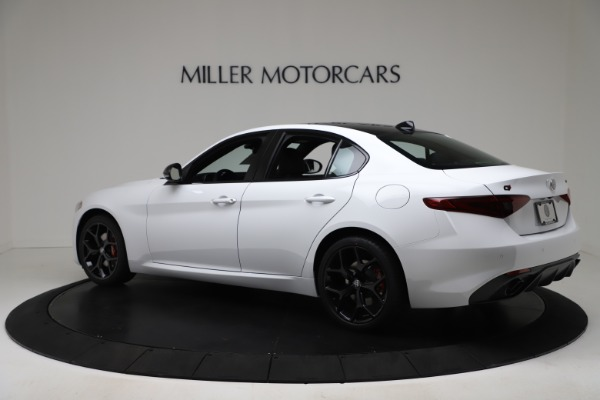 New 2020 Alfa Romeo Giulia Sport Q4 for sale $49,145 at Bugatti of Greenwich in Greenwich CT 06830 4