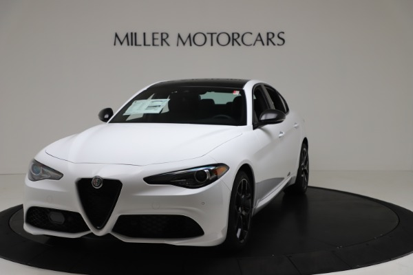 New 2020 Alfa Romeo Giulia Sport Q4 for sale $49,145 at Bugatti of Greenwich in Greenwich CT 06830 1