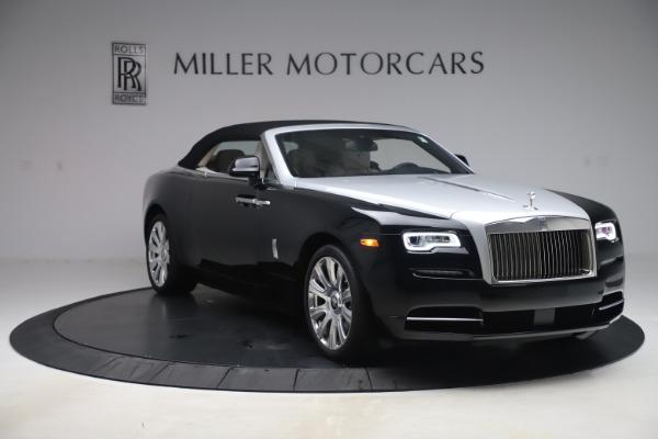 Used 2017 Rolls-Royce Dawn for sale $255,900 at Bugatti of Greenwich in Greenwich CT 06830 17
