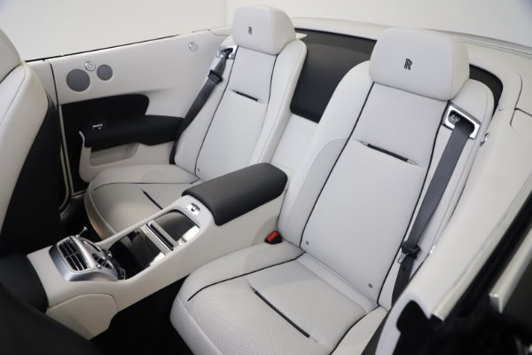 Used 2017 Rolls-Royce Dawn for sale $255,900 at Bugatti of Greenwich in Greenwich CT 06830 20
