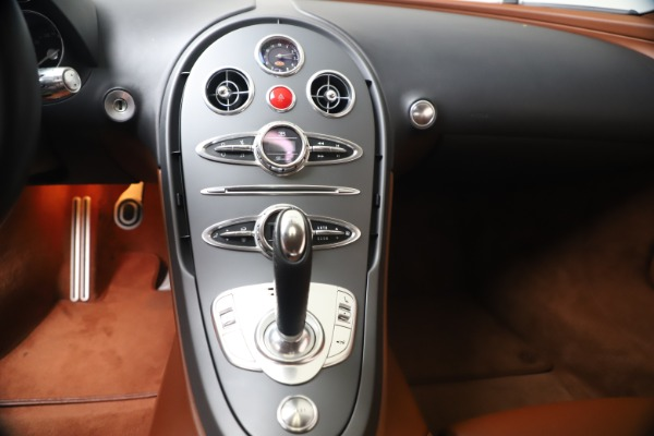 Used 2008 Bugatti Veyron 16.4 for sale Call for price at Bugatti of Greenwich in Greenwich CT 06830 25