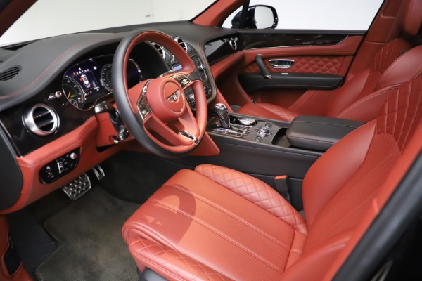 Used 2017 Bentley Bentayga W12 for sale $145,900 at Bugatti of Greenwich in Greenwich CT 06830 17