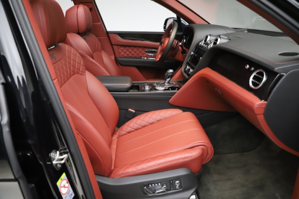 Used 2017 Bentley Bentayga W12 for sale $145,900 at Bugatti of Greenwich in Greenwich CT 06830 26