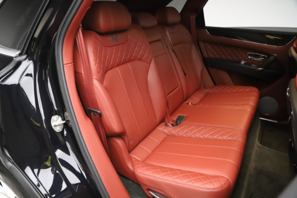Used 2017 Bentley Bentayga W12 for sale $145,900 at Bugatti of Greenwich in Greenwich CT 06830 28