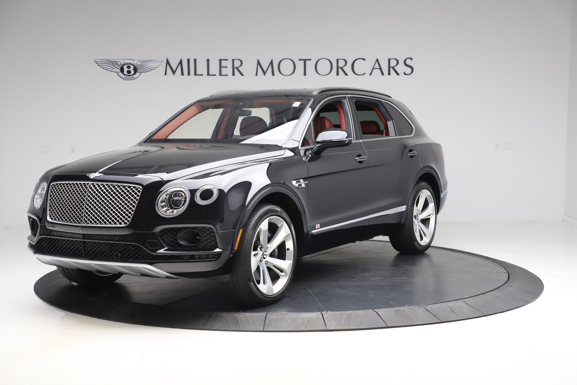 Used 2017 Bentley Bentayga W12 for sale $145,900 at Bugatti of Greenwich in Greenwich CT 06830 1
