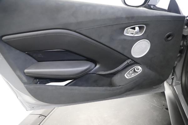 New 2020 Aston Martin Vantage Coupe for sale $165,381 at Bugatti of Greenwich in Greenwich CT 06830 17