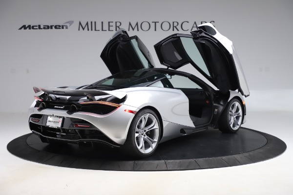 New 2020 McLaren 720S Coupe for sale $347,550 at Bugatti of Greenwich in Greenwich CT 06830 14