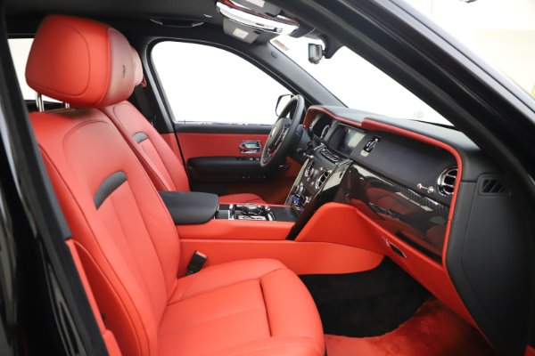 New 2020 Rolls-Royce Cullinan Black Badge for sale $433,950 at Bugatti of Greenwich in Greenwich CT 06830 15