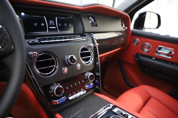New 2020 Rolls-Royce Cullinan Black Badge for sale $433,950 at Bugatti of Greenwich in Greenwich CT 06830 23