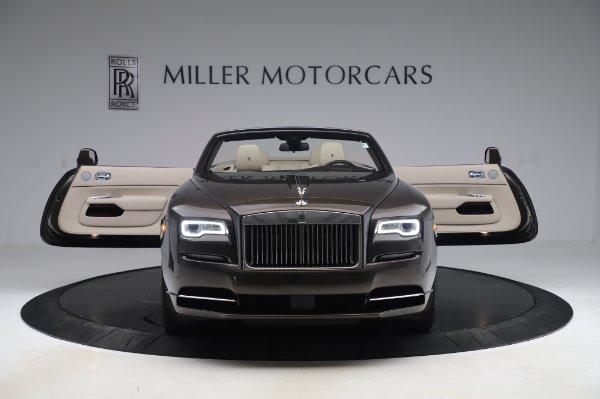 Used 2017 Rolls-Royce Dawn for sale $254,900 at Bugatti of Greenwich in Greenwich CT 06830 10