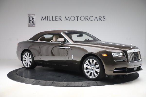 Used 2017 Rolls-Royce Dawn for sale $254,900 at Bugatti of Greenwich in Greenwich CT 06830 19