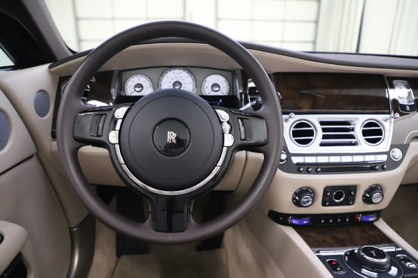 Used 2017 Rolls-Royce Dawn for sale $254,900 at Bugatti of Greenwich in Greenwich CT 06830 25