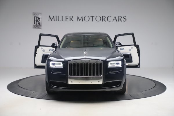 Used 2015 Rolls-Royce Ghost Base for sale Call for price at Bugatti of Greenwich in Greenwich CT 06830 11