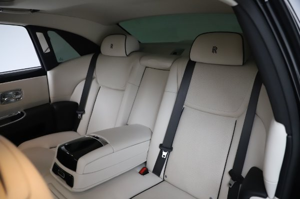 Used 2015 Rolls-Royce Ghost Base for sale Call for price at Bugatti of Greenwich in Greenwich CT 06830 14
