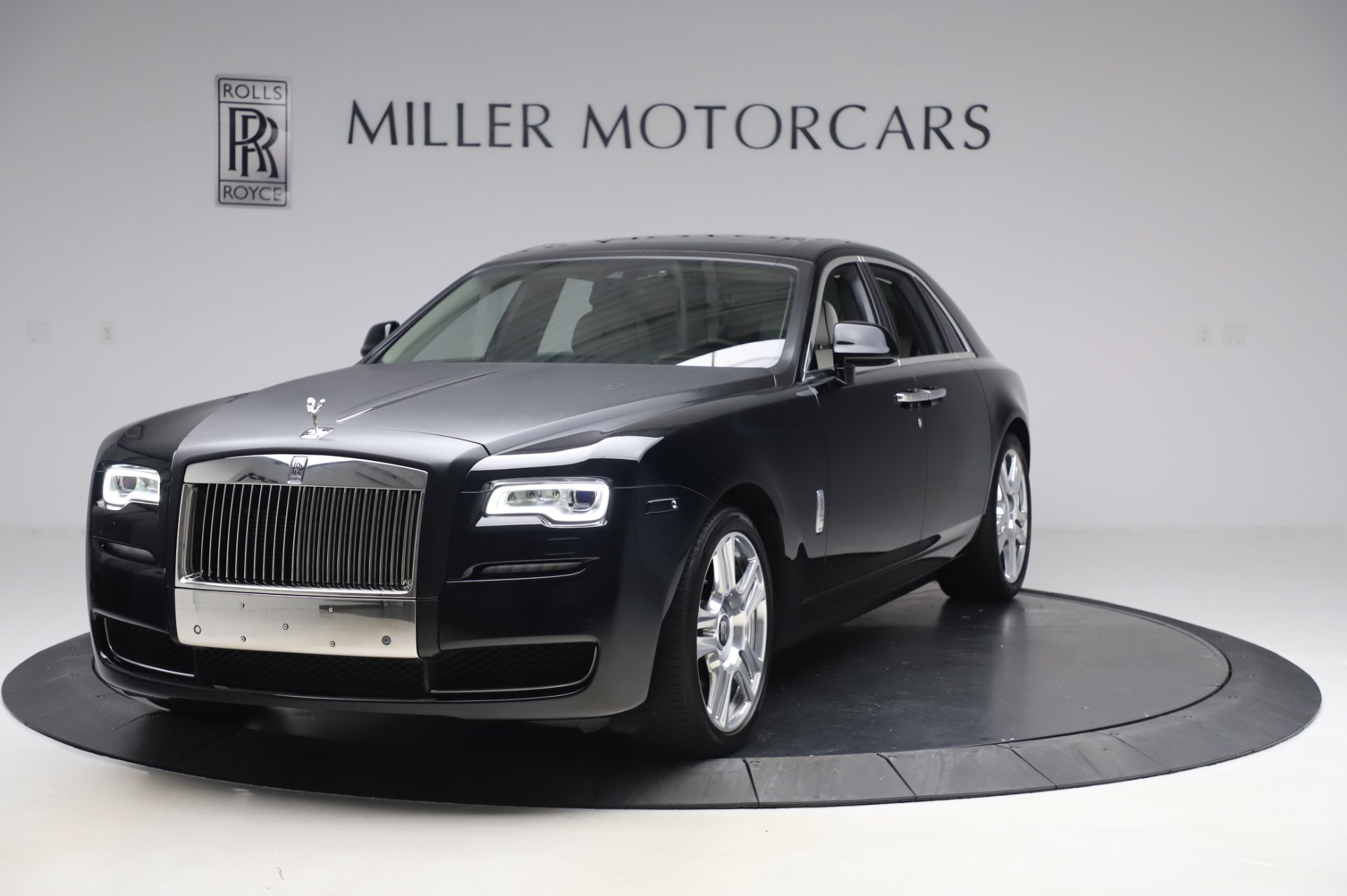Used 2015 Rolls-Royce Ghost Base for sale Call for price at Bugatti of Greenwich in Greenwich CT 06830 1
