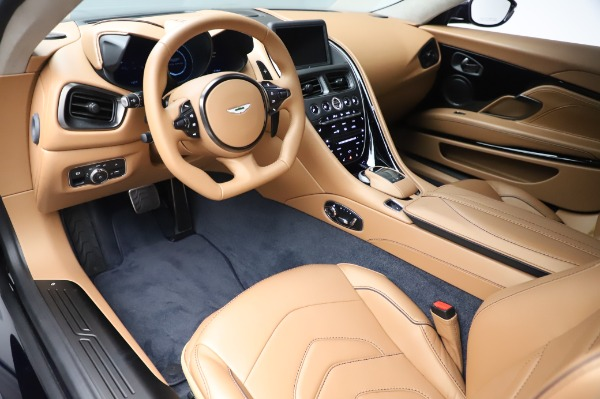 New 2020 Aston Martin DBS Superleggera Coupe for sale $338,286 at Bugatti of Greenwich in Greenwich CT 06830 13