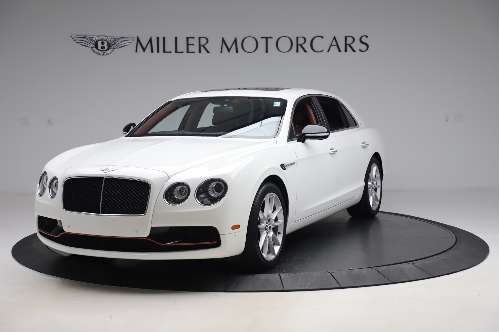 Used 2018 Bentley Flying Spur V8 S for sale $149,900 at Bugatti of Greenwich in Greenwich CT 06830 1