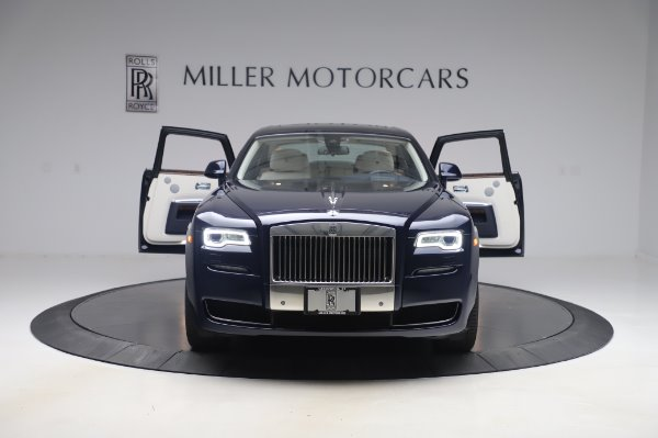 Used 2016 Rolls-Royce Ghost for sale $173,900 at Bugatti of Greenwich in Greenwich CT 06830 11