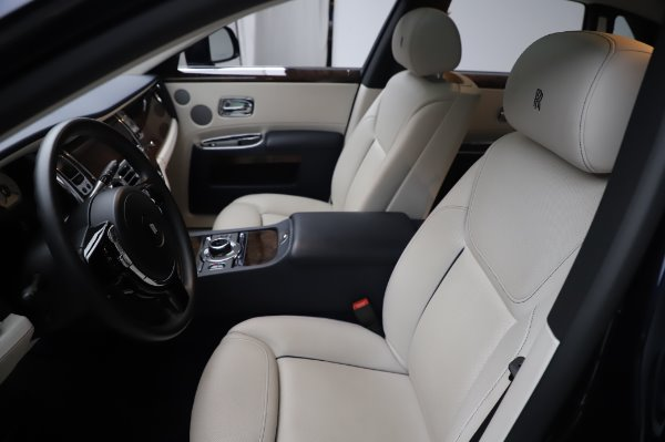 Used 2016 Rolls-Royce Ghost for sale $173,900 at Bugatti of Greenwich in Greenwich CT 06830 12