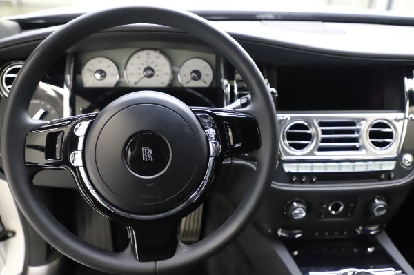 Used 2018 Rolls-Royce Ghost for sale $247,900 at Bugatti of Greenwich in Greenwich CT 06830 16