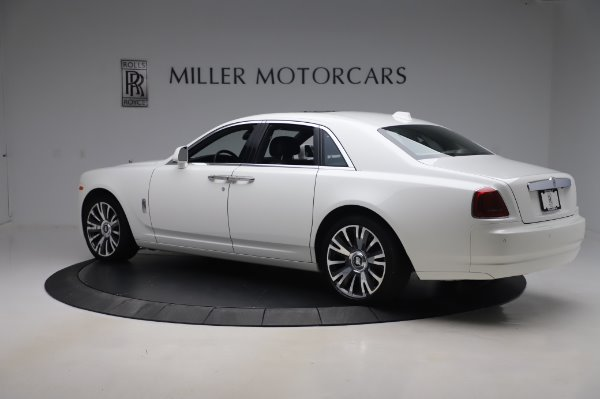 Used 2018 Rolls-Royce Ghost for sale $247,900 at Bugatti of Greenwich in Greenwich CT 06830 5