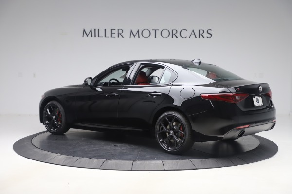 New 2020 Alfa Romeo Giulia Q4 for sale $48,445 at Bugatti of Greenwich in Greenwich CT 06830 4