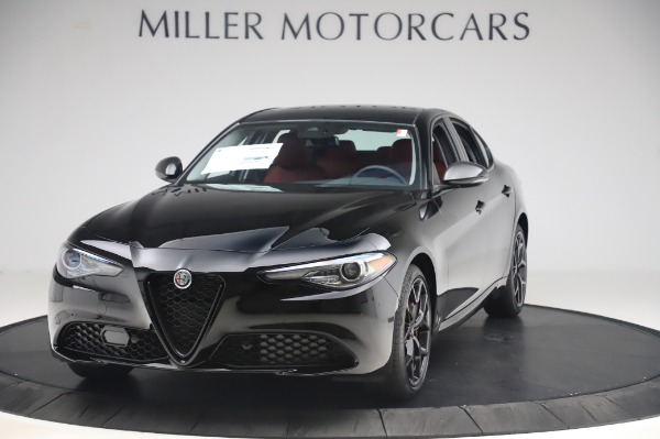 New 2020 Alfa Romeo Giulia Q4 for sale $48,445 at Bugatti of Greenwich in Greenwich CT 06830 1