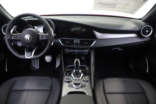 New 2020 Alfa Romeo Giulia Sport Q4 for sale Call for price at Bugatti of Greenwich in Greenwich CT 06830 16