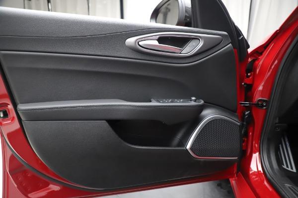 New 2020 Alfa Romeo Giulia Sport Q4 for sale Call for price at Bugatti of Greenwich in Greenwich CT 06830 17