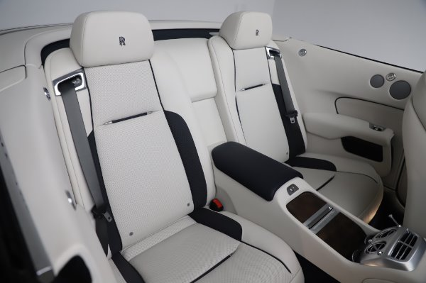Used 2017 Rolls-Royce Dawn Base for sale $248,900 at Bugatti of Greenwich in Greenwich CT 06830 24