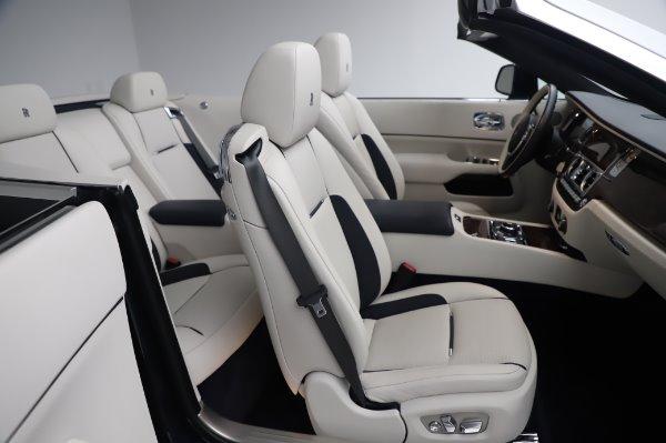 Used 2017 Rolls-Royce Dawn Base for sale $248,900 at Bugatti of Greenwich in Greenwich CT 06830 25